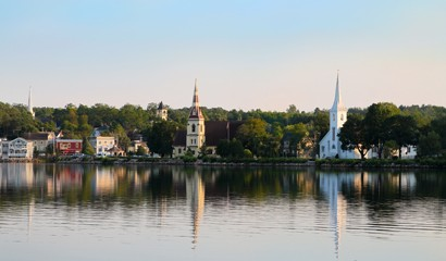 Neighbours - Mahone Bay