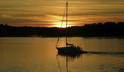 Life - Sunset Sail